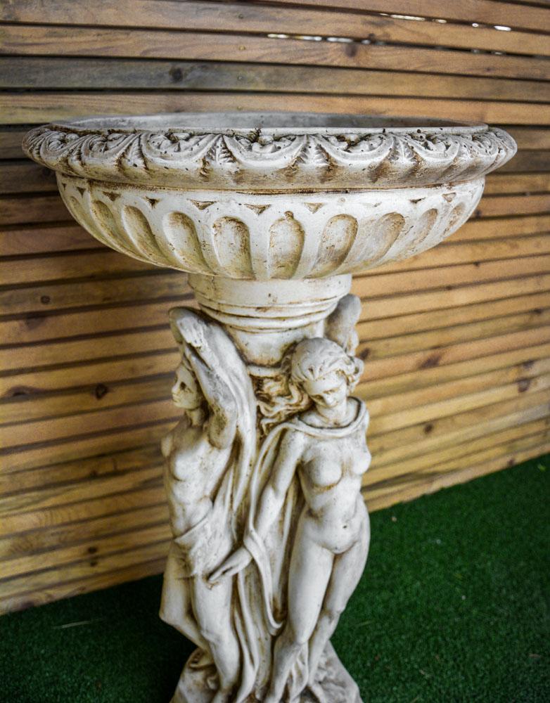 Statua con Vaso